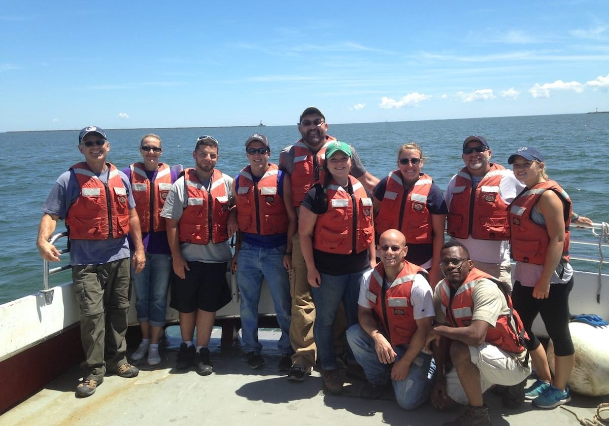 Students in the Coastal Resilience program